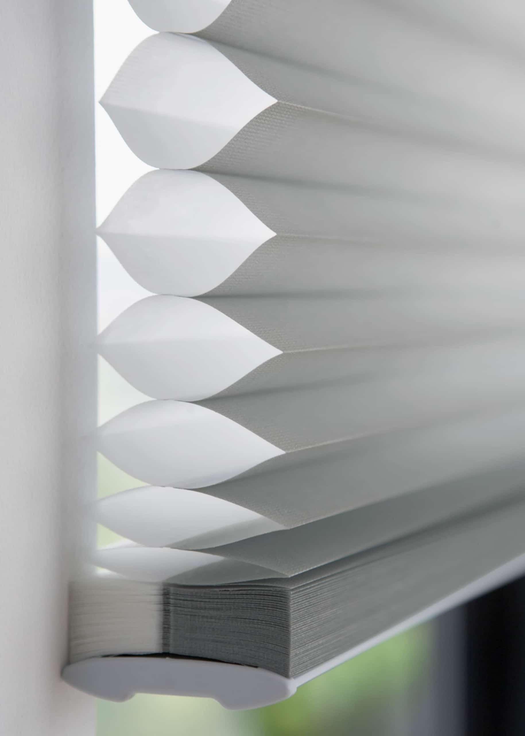 Luxaflex weißer Sonnenschutz