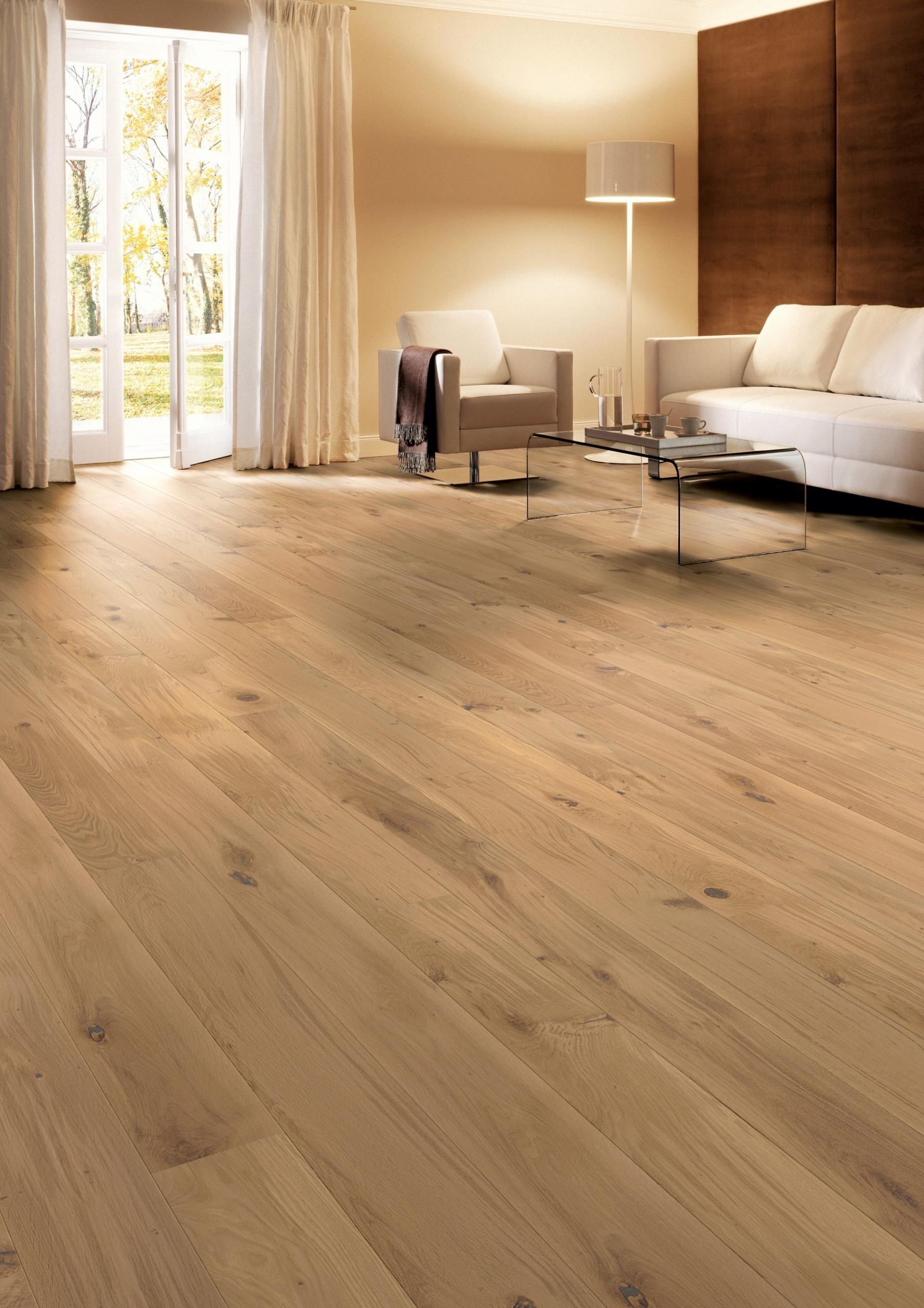 Wohnzimmer Boden aus Eiche Farbe Creme