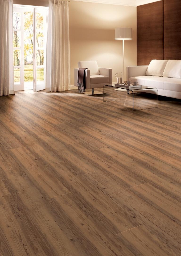 Wohnzimmer Boden aus Fichte Farbe Hasel Sor